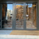 Puerta exterior acceso salvaescaleras